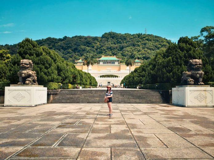 Khám Phá Bảo Tàng Cung Điện Quốc Gia Đài Loan (Bảo Tàng Cố Cung)